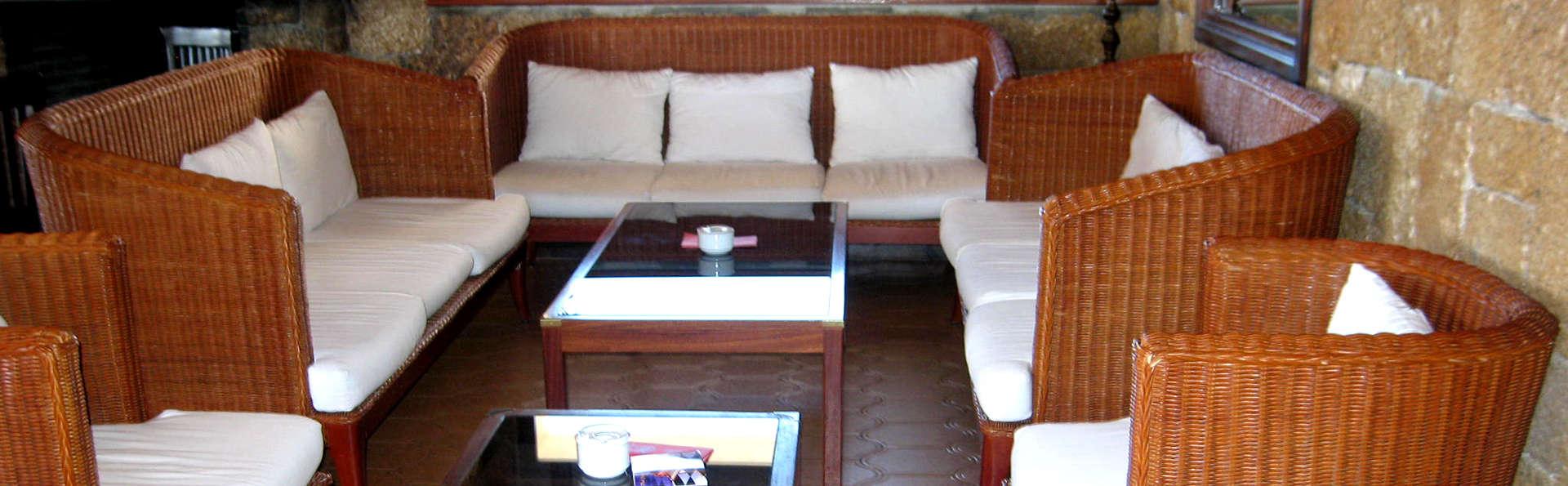 Aparthotel Villages Golf Panorámica Resort - Edit_Lounge.jpg