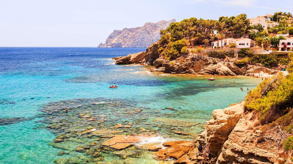 AR Roca Esmeralda & Spa - EDIT_Destination_Alicante1.jpg