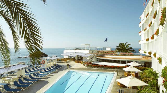 Escapada con vistas al mediterráneo en media pensión en Tossa de Mar