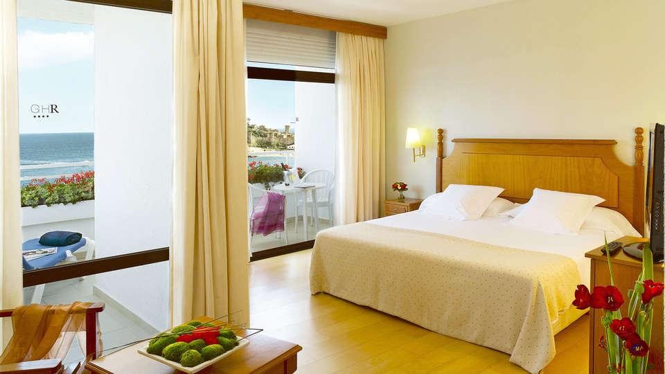 Premier Gran Hotel Reymar & Spa - EDIT_room4.jpg