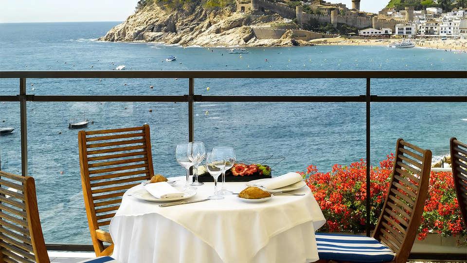 Premier Gran Hotel Reymar & Spa - EDIT_terrace1.jpg