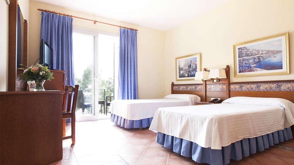 Prestige Coral Platja - EDIT_room4.jpg