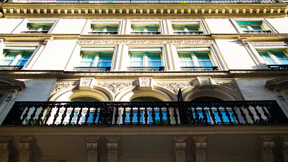 Hôtel Lodge du Centre - EDIT_front1.jpg