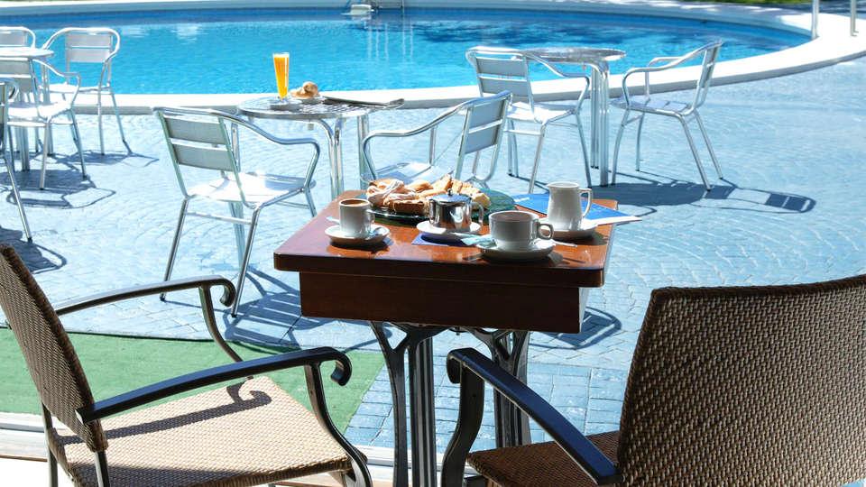 Prestige Goya Park - EDIT_terrace1.jpg
