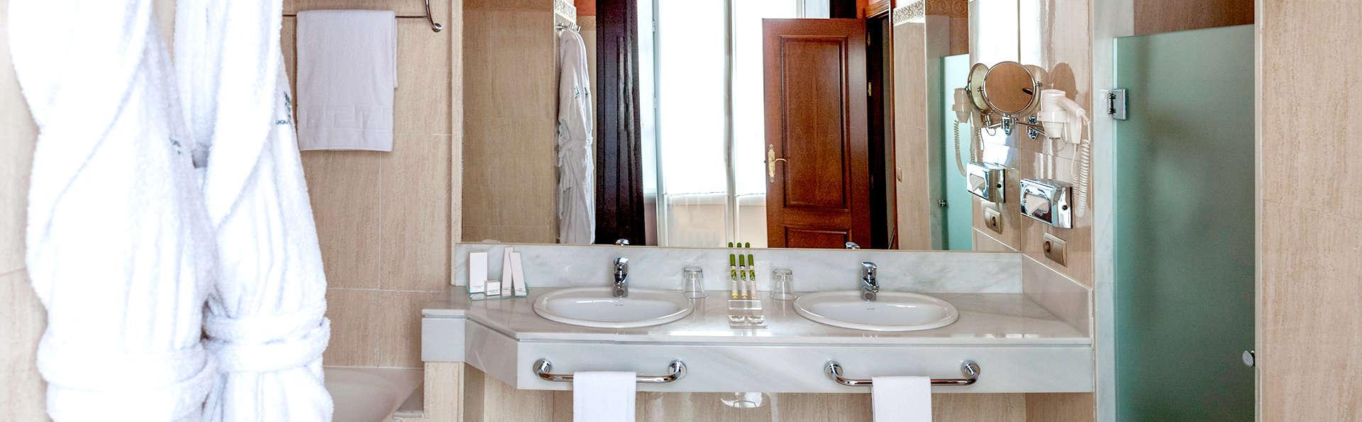 Hotel Duques de Medinaceli - Edit_Front3.jpg