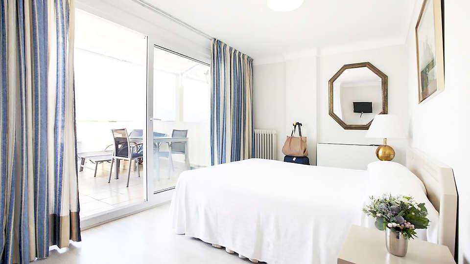 Prestige Mar Y Sol - EDIT_room5.jpg
