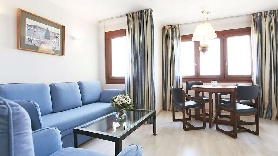 Prestige Mar Y Sol - EDIT_room9.jpg