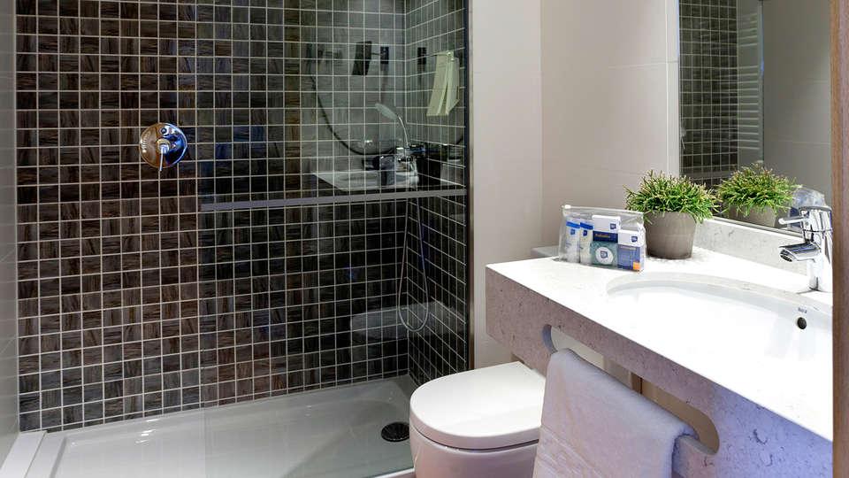 Blaumar Hotel - EDIT_Room1.jpg