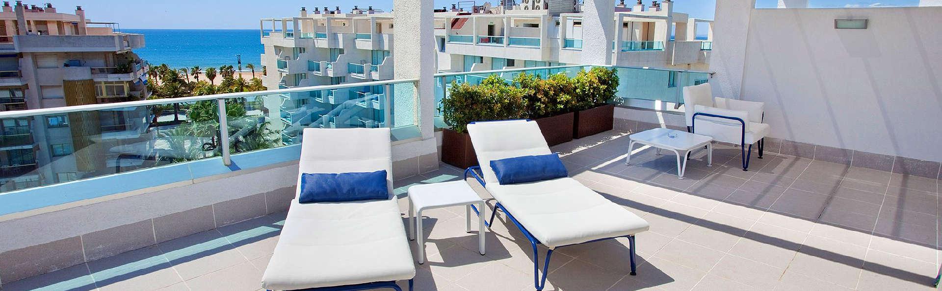 Blaumar Hotel - EDIT_Terrace.jpg