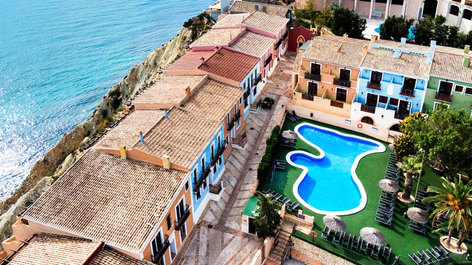 Pueblo Acantilado Suites - EDIT_pool3.jpg
