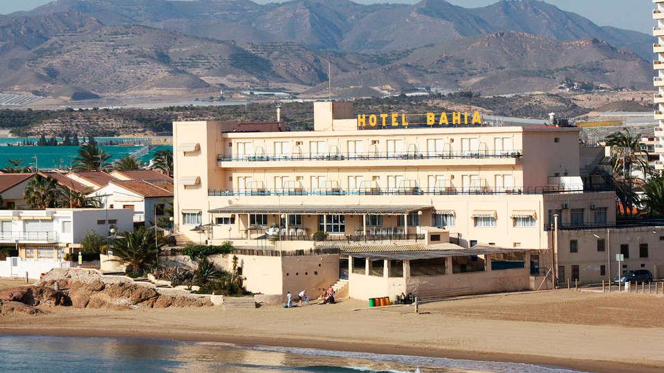 Hotel Bahía - EDIT_front1.jpg