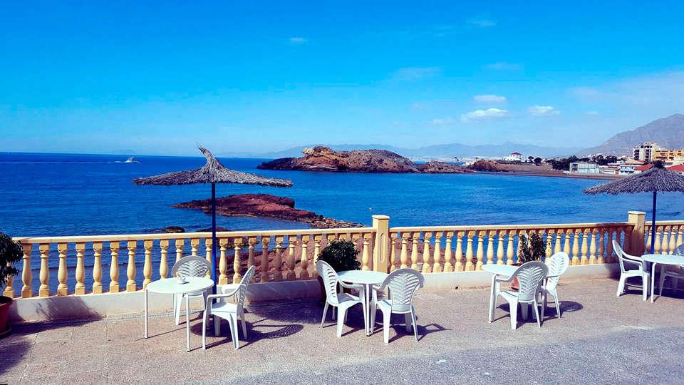 Hotel Bahía - EDIT_terrace6.jpg