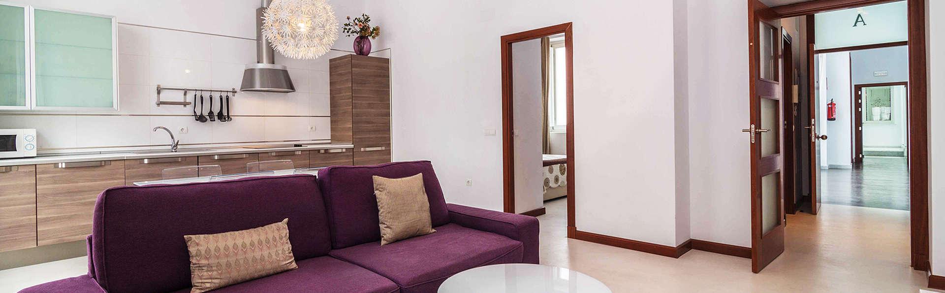 Casa Palacio Cádiz - EDIT_Room2.jpg