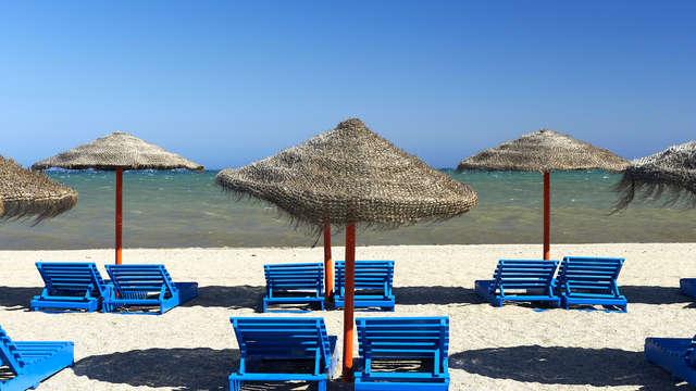 Verano en Roquetas de Mar en Apartamento de 2 dormitorios para 6 (desde 4 noches)