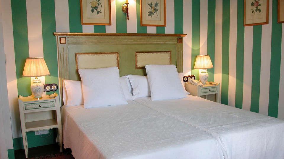 Casa Palacio Conde de la Corte - EDIT_Room5.jpg