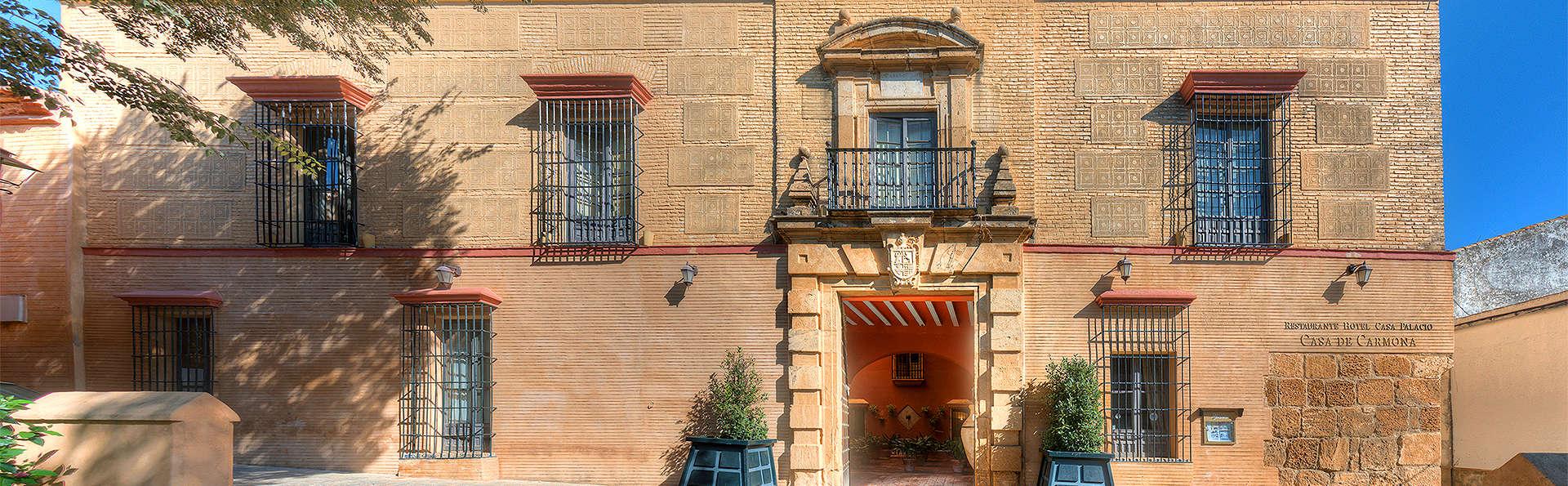 Casa Palacio de Carmona - EDIT_Exterior.jpg