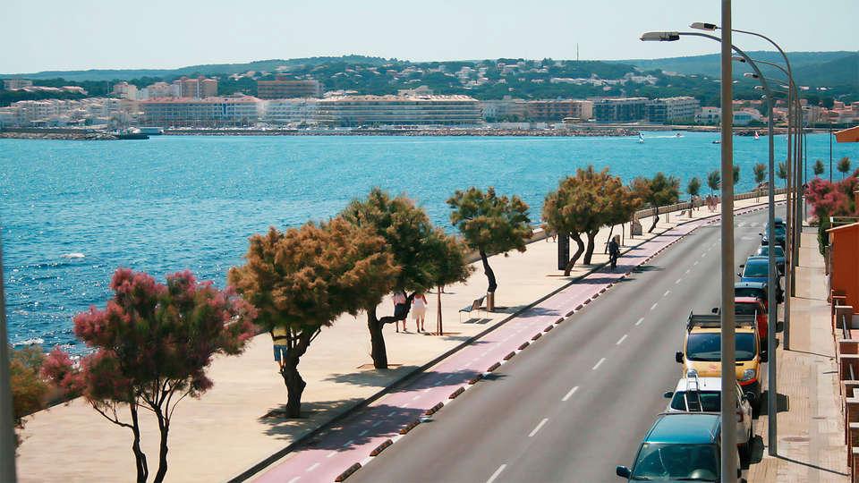 Rallye Hotel - EDIT_destination1.jpg