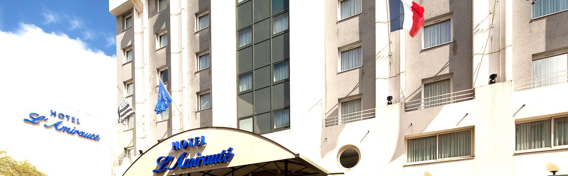 Hôtel L'Amirauté - Edit_Front4.jpg