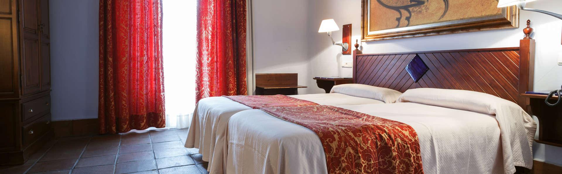 Casa Palacio Pilar del Toro - EDIT_Room2.jpg