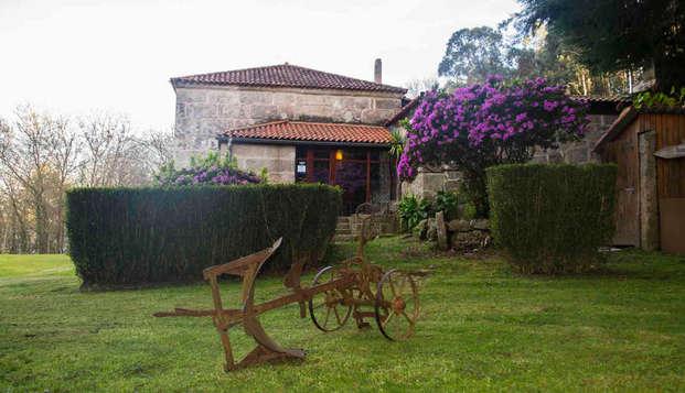 Escapada Romántica en un pazo gallego a orillas de la ría de Vigo rodeado de jardines