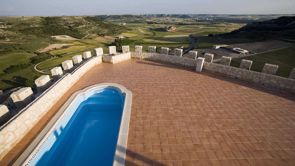 Residencia Real Castillo de Curiel - EDIT_pool1.jpg