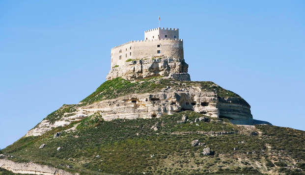 Escapada Romántica en un Castillo Medieval en la Ribera del Duero