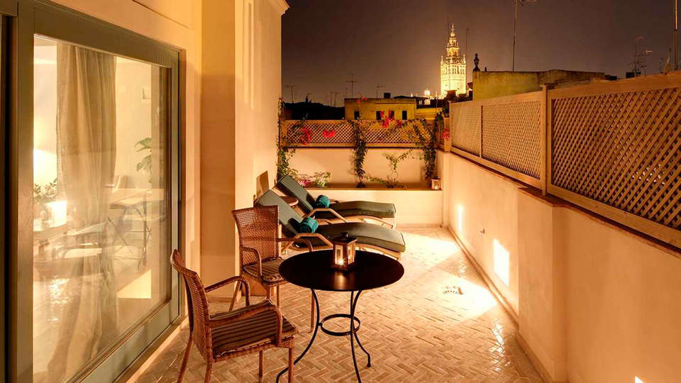 Corral del Rey - EDIT_terrace.jpg