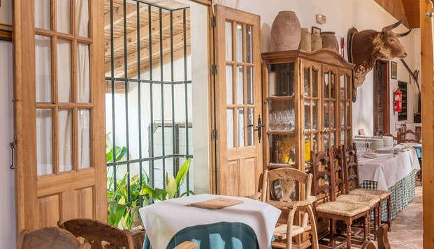 Escapada Gastronómica en un cortijo andaluz ubicado en Benalup-Casas Viejas