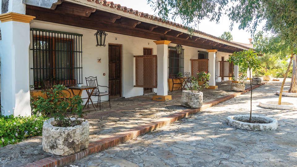 Cortijo Los Monteros - EDIT_exterior3.jpg