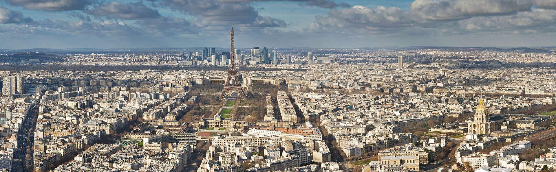 Timhotel Tour Eiffel - EDIT_Paris.jpg