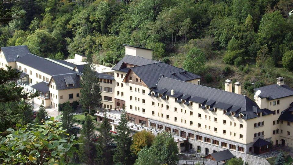 Balneario Caldes de Boí - Hotel Manantial - edit_front4.jpg