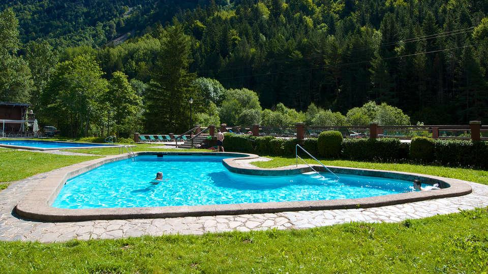 Balneario Caldes de Boí - Hotel Manantial - edit_pool1.jpg