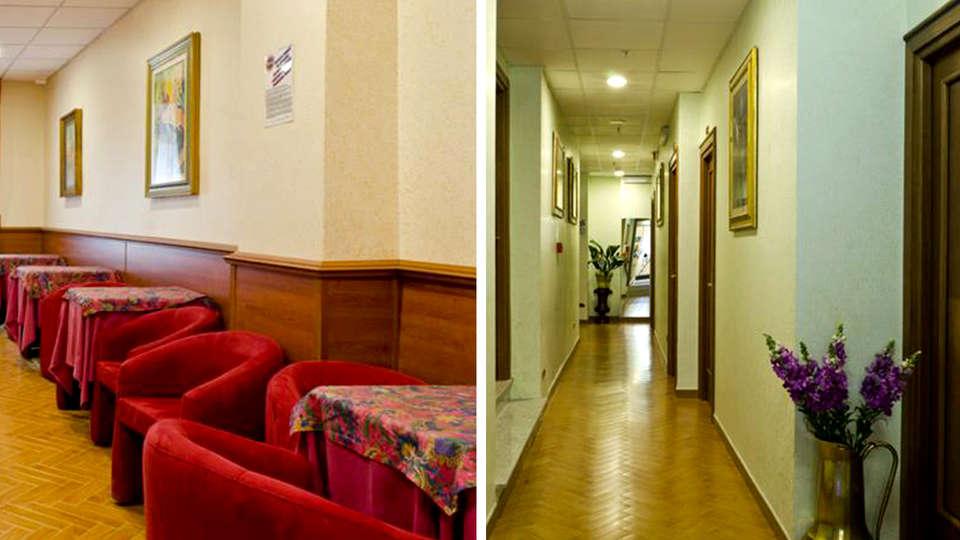 Hotel Brignole - Edit_Lounge.jpg