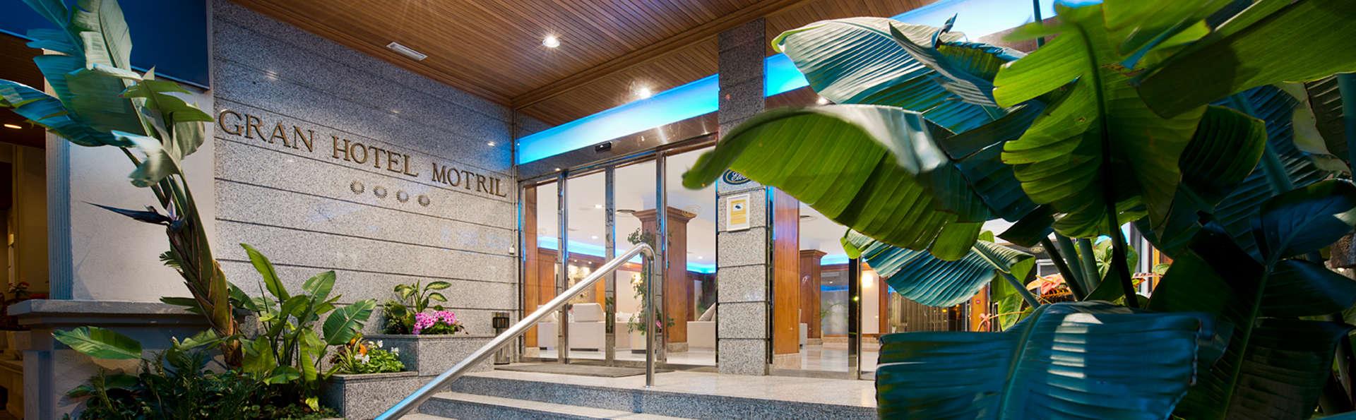 Elba Motril Beach & Business Hotel - edit_entrada.jpg
