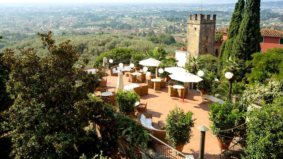 Villa Sermolli - Edit_Terrace4.jpg