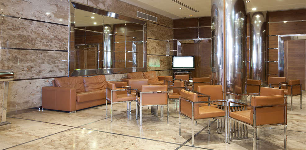 gran hotel corona sol 4 salamanca espagne. Black Bedroom Furniture Sets. Home Design Ideas