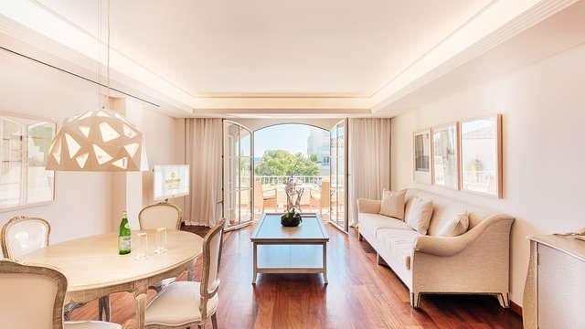 Las Dunas Suites Apartments