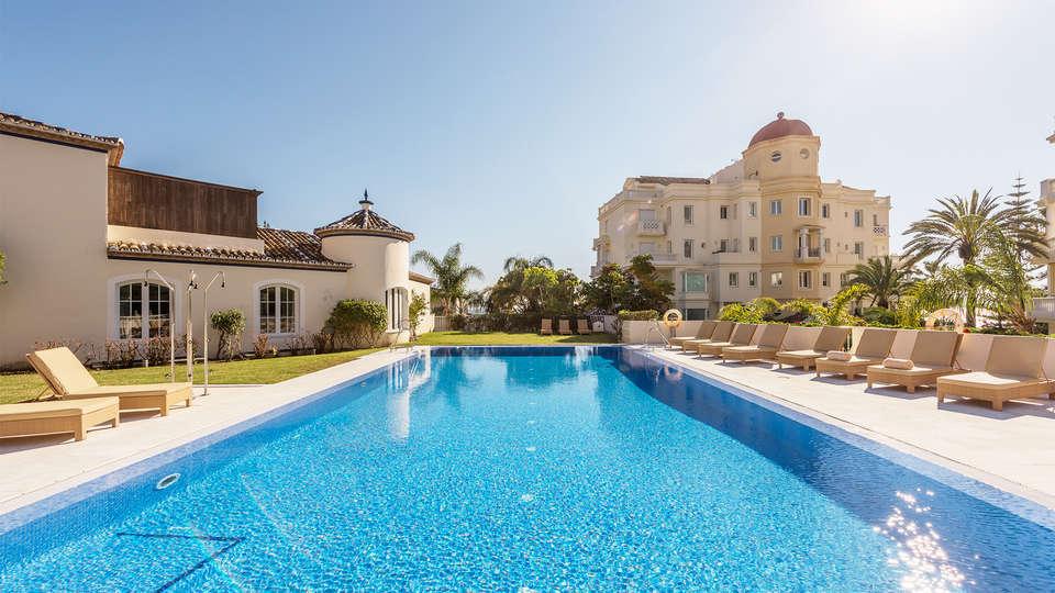 Las Dunas Suites & Apartments - EDIT_pool3.jpg