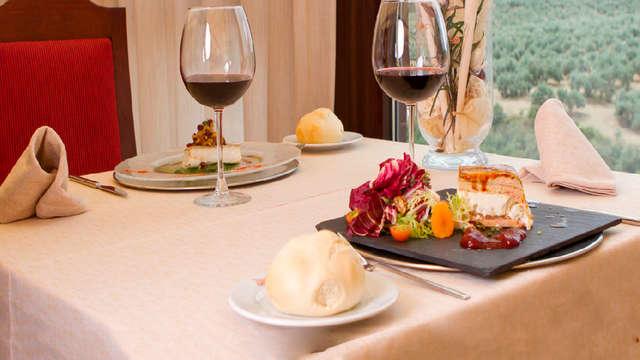 Escapada de lujo 5*: alójate en Antequera con cena gastronómica y spa incluidos