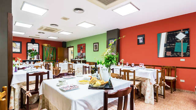 Hostal - Restaurante Pirineos