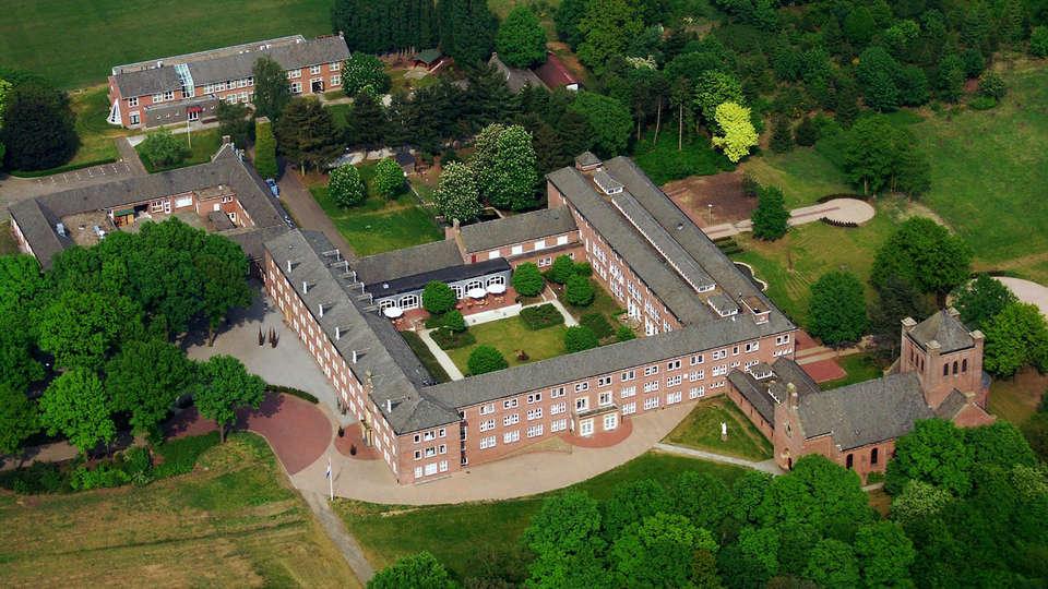 Fletcher Kloosterhotel Willibrordhaeghe - Edit_View.jpg