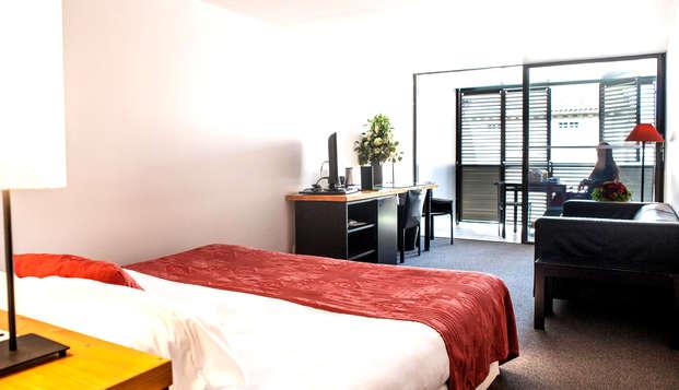 Hotel Cloitre Saint-Louis - Room