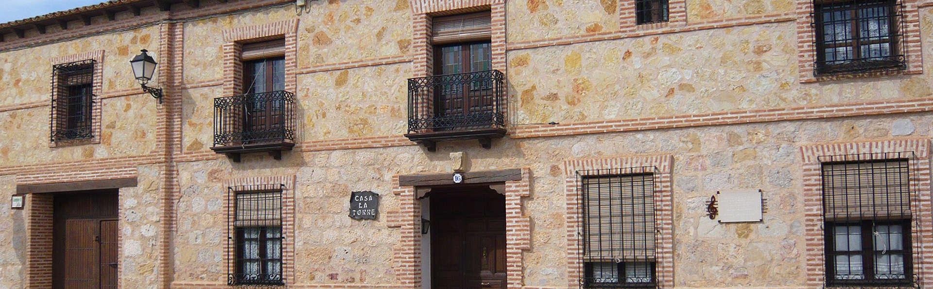 Hospedería Casa de la Torre - EDIT_Exterior.jpg