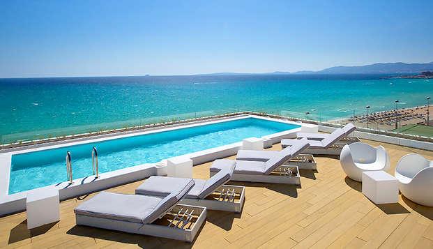 Escapada con desayuno y vistas al mediterráneo en la Playa de Palma