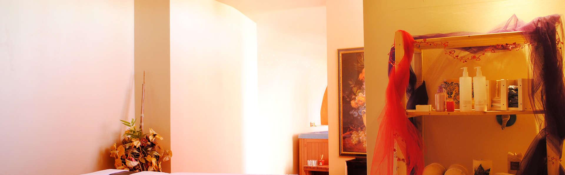 Park Hotel Spa & Resort - EDIT_massageroom.jpg