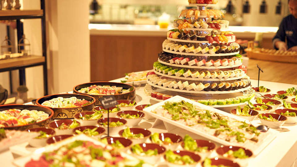 Van der Valk Hotel Beveren - EDIT_NEW_buffet.jpg