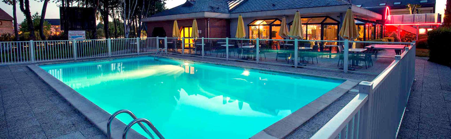 Hôtel Mercure Lisieux - Edit_Pool2.jpg