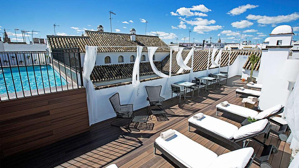 Hospes Las Casas del Rey de Baeza - EDIT_Pool.jpg
