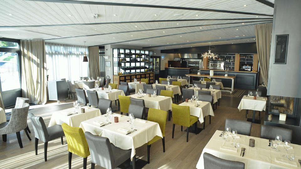 Auberge de La Hardouinais - Ar Duen - Edit_Restaurant3.jpg