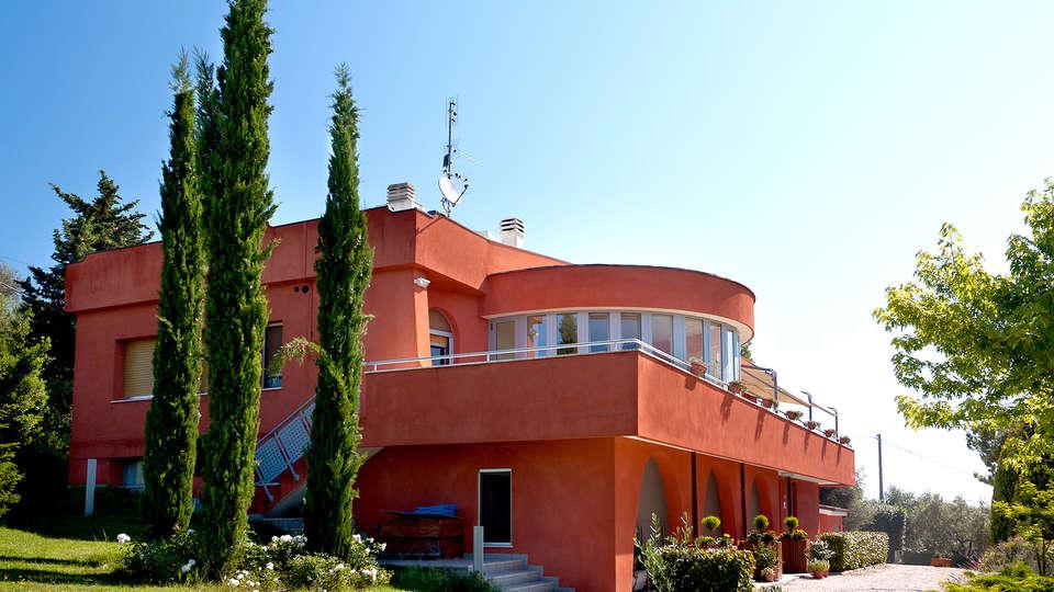 Hotel Shanti House - Edit_front.jpg